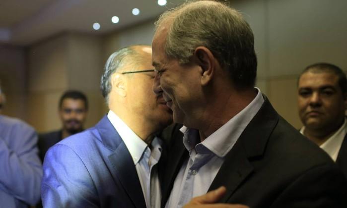Resultado de imagem para alckmin e ciro