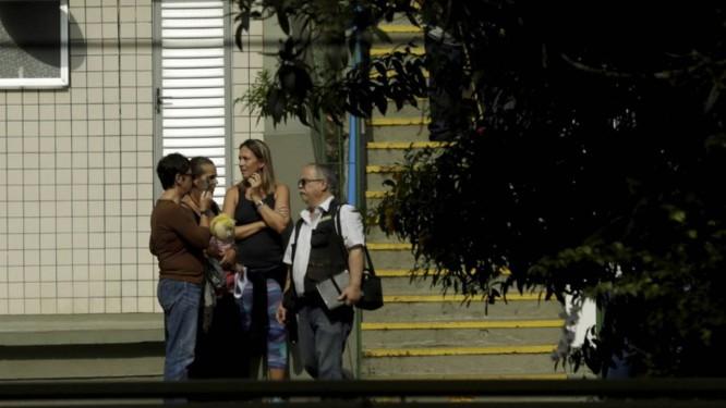 Polícia utilizou boneca para fazer reprodução simulada Foto: Gabriel de Paiva / Agência O Globo
