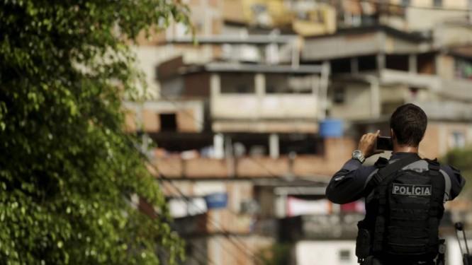Um suspeito morreu em operação da Polícia Civil nos morros do Fallet, Fogueteiro e Prazeres em abril Foto: Gabriel de Paiva 06-04-2018 / Agência O Globo
