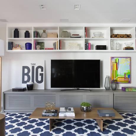 O tapete delimita a área do espaço de TV Foto: Denílson Machado/ MCA Estúdio.