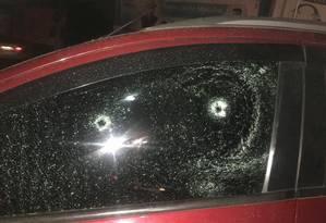 Criminosos atiraram em PM no Viaduto da Posse Foto: Reprodução/redes sociais
