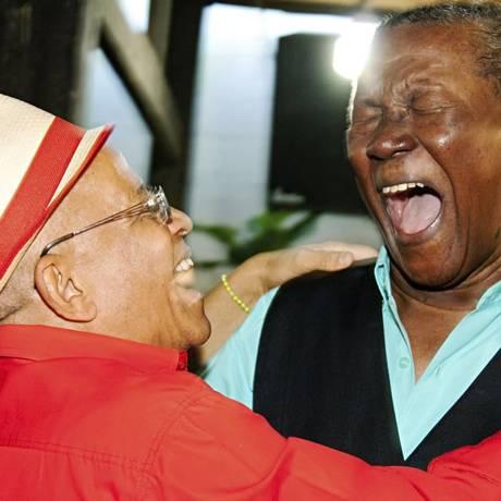 Nei Lopes e Wilson Moreira são as atrações da roda de samba especial do Candongueiro na Portela Foto: Divulgação