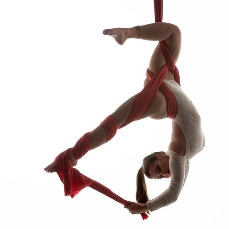 Os artistas vão competir nas modalidades tecido e lira, nas categorias individual e grupo Foto: Divulgação