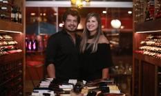 Dono da RSX Informática e mulher exibem vida de luxo nas redes sociais Foto: Reprodução / Agência O Globo