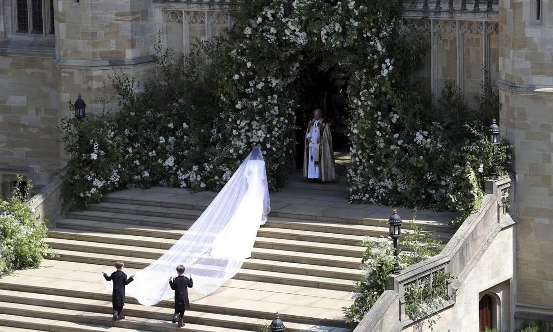 Meghan Markle chega para seu casamento com Principe Harry na Capela de São Jorge em Windsor Castle, Windsor Foto: Andrew Matthews / AP
