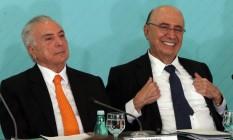 Temer e Meirelles, que deve ser protagonista de encontro na terça Foto: Givaldo Barbosa / Agência O Globo