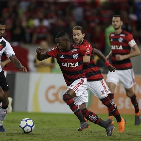Vinícius Júnior é atração do Flamengo em Buenos Aires Foto: Marcelo Theobald / Agência O Globo