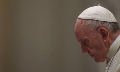 Papa Francisco teve uma conversa particular com Juan Carlos Cruz na semana passada, para falar sobre os abusos que sofreu de um padre durante sua infância Foto: FILIPPO MONTEFORTE / AFP