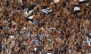 Torcida do Botafogo na final do Campeonato Carioca deste ano, no Maracanã Foto: Marcelo Theobald / Agência O Globo