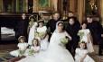 Harry e Meghan com pajens e damas Foto: Divulgação / Palácio de Kensington