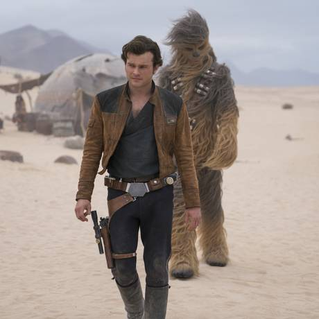 Alden Ehrenreich is Han Solo and Joonas Suotamo is Chewbacca in SOLO: A STAR WARS STORY. Foto: Jonathan Olley / Jonathan Olley /Lucasfilm Ltd.
