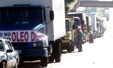 Caminhoneiros parados contra a alta do diesel em protesto na BR-381, em Igarapé, região metropolitana de Belo Horizonte Foto: Alex de Jesus/O Tempo/Agência O Globo / Agência O Globo