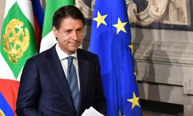 Giuseppe Conte deixa reunião com presidente Mattarella, na Itália; novato político, professor terá missão de formar novo governo Foto: VINCENZO PINTO / AFP