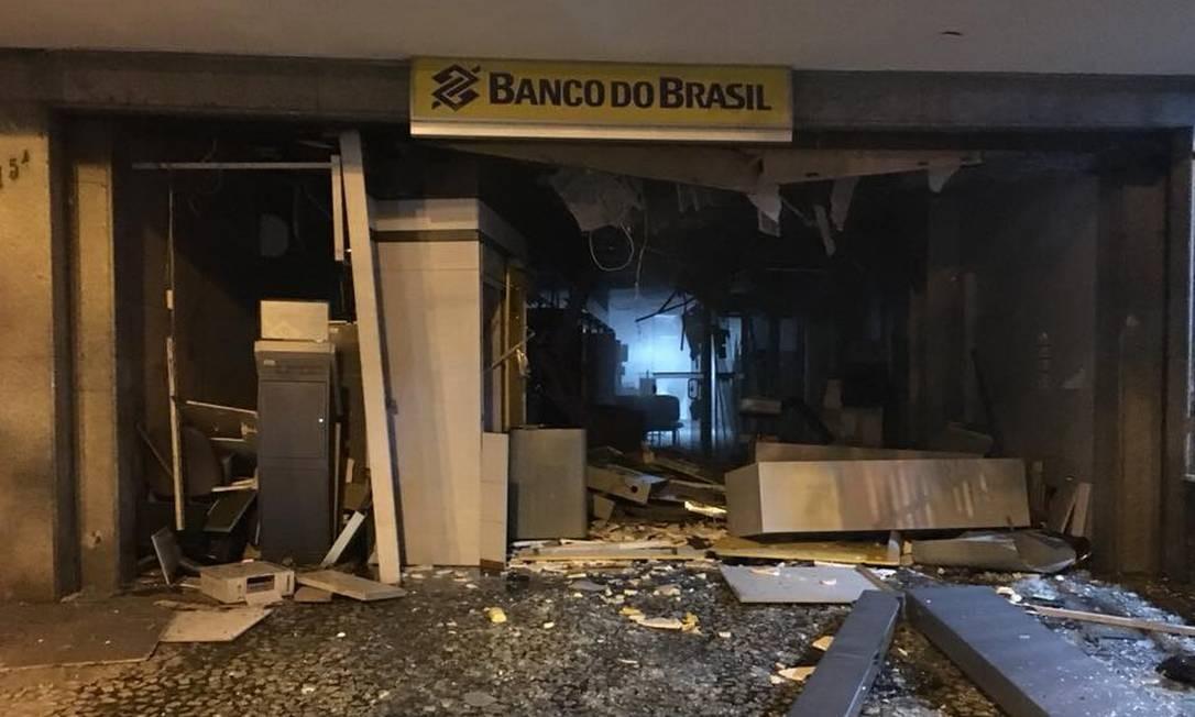 Criminosos detonam explosivos em agência em Laranjeiras