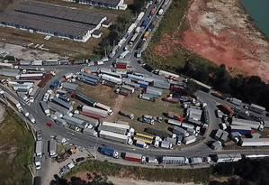 Fotos da paralisação dos caminhoneiros na Rodovia Presidente Dutra Foto: Luis Vogel / Parceiro / Agência O Globo