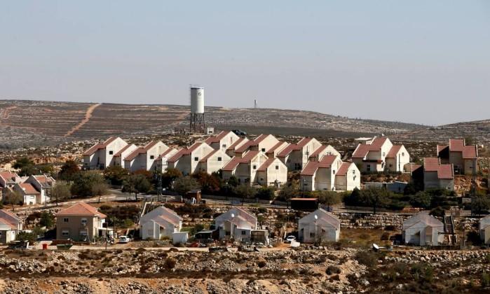 Israel planeja construo de 2500 casas na cisjordnia jornal o globo assentamento israelense na cisjordnia em 2016 baz ratner reuters stopboris Image collections