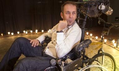 'No teatro, o medo do novo é uma constante', diz o ator e diretor, Jorge Vermelho. Foto: ROBERTO MOREYRA / Agência O Globo