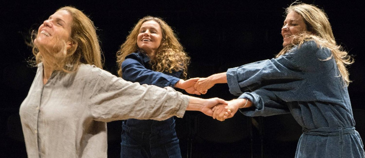 Cena da peça 'A guerra não tem rosto de mulher' Foto: Divulgação