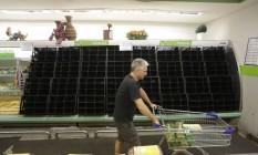 Greve dos Caminhoneiros causa desabastecimento em supermervados do Rio Foto: Gabriel Paiva / Agência O Globo