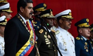 Maduro participou de cerimônia ao lado do alto comando militar nesta quinta-feira em Caracas Foto: JUAN BARRETO / AFP