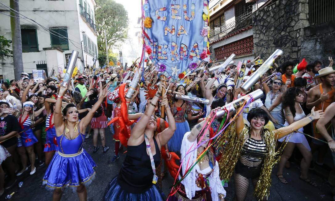 Folia de rua: o carnaval foi um dos 22 eventos de impacto financeiro avaliados Foto: Pablo Jacob / Agência O Globo