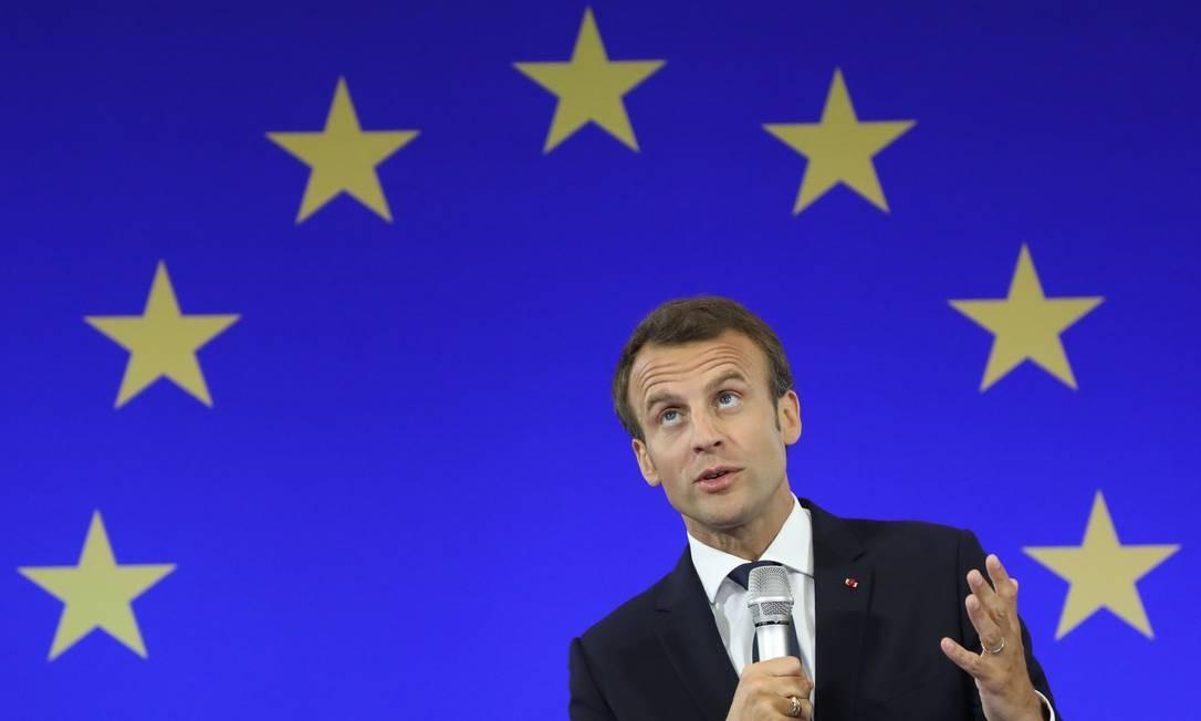 """Macron ao receber o Prêmio Charlemagne por seu """"entusiasmo contagiante"""" pelo fortalecimento da UE: faltam parceiros Foto: Ludovic Marín/AFP/ 10-5-2018"""