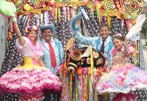 A tradicional Quadrilha do Sampaio vai se apresentar no Arraiá da Praia da Barra Foto: Fernanda Dias / Agência O Globo