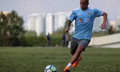 Marcos Júnior convocou a torcida para o jogo contra a Chapecoense Foto: Lucas Mercon / Agência O Globo
