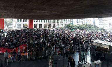 Manifestantes reunidos no Vão Livre do Masp, na Avenida Paulista Foto: Reprodução/redes sociais