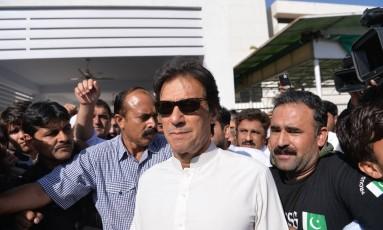 Líder da oposição paquistanesa e ex-jogador de críquete, Imran Khan Foto: AAMIR QURESHI / AFP