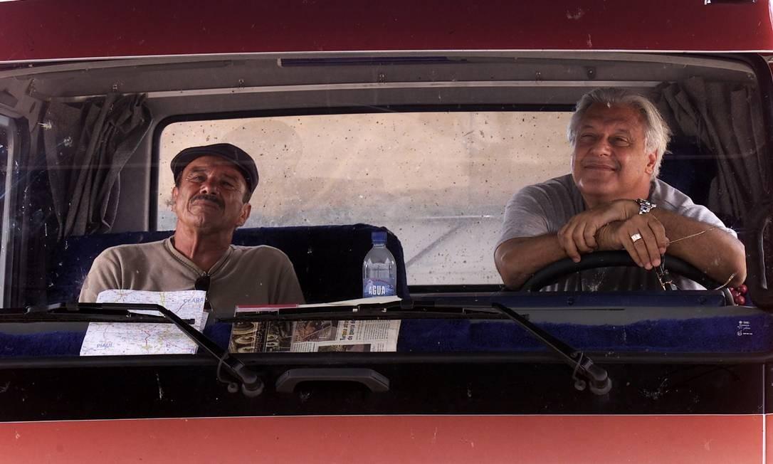 Stênio Garcia e Antonio Fagundes na série 'Carga Pesada', da TV Globo Foto: Jarbas Oliveira / Divulgação