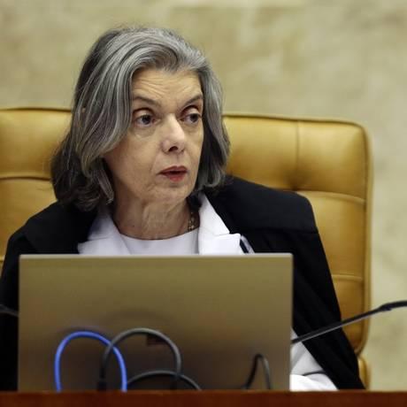 A presidente do STF, ministra Cármen Lúcia, durante julgamento Foto: Jorge William/Agência O Globo/03-05-2018