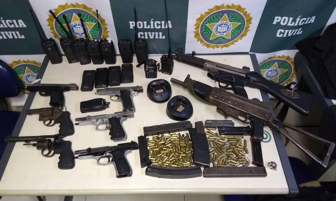 Armas e munições apreendidas com milicianos Foto: Divulgação