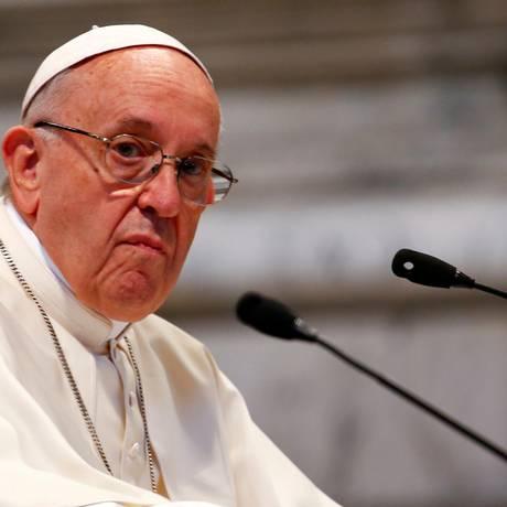 O Papa Francisco deu declaração polêmica sobre homossexualidade, durante entrevista coletiva no avião que o levava da Irlanda a Roma Foto: REUTERS/Tony Gentile/14-05-2018