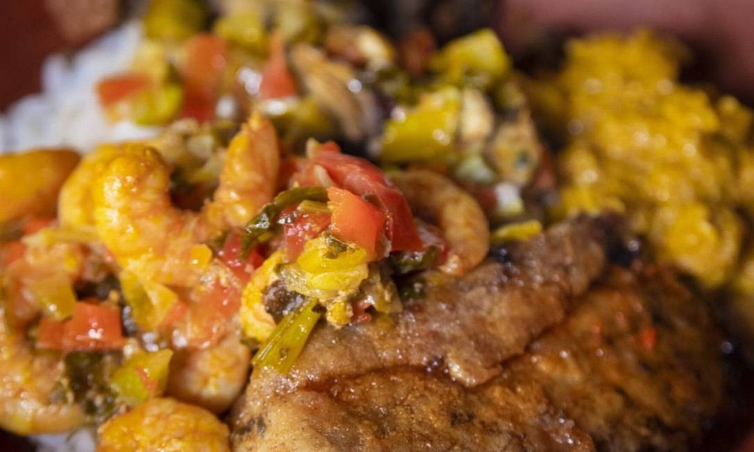 Prato servido no restaurante É de Oxum, na comunidade quilombola do Kaonge Foto: Leo Martins / Agência O Globo