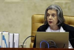 A presidente do Supremo Tribunal Federal (STF), ministra Cármen Lúcia, durante julgamento Foto: Jorge William/Agência O Globo/03-05-2018