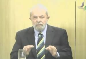 O ex-presidente Lula em depoimento ao juiz Marcelo Bretas Foto: Reprodução