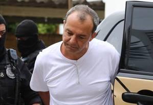 O ex-governador Sergio Cabral durante sua transferência para presídio em Curitiba Foto: Geraldo Bubniak / Agência O Globo