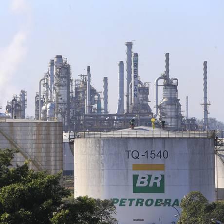 Refinaria da Petrobras em Paulínia, São Paulo Foto: Edilson Dantas / Agência O Globo/26-5-2018