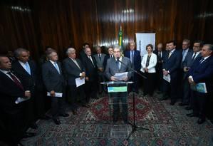 O deputado federal Marcus Pestana (PSDB-MG) discursa no lançamento do manifesto Foto: Alexssandro Loyola/Divulgação