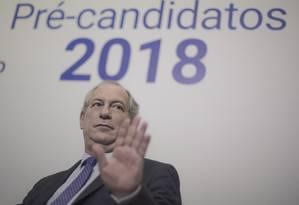 Ciro Gomes é sabatinado em evento do Correio Braziliense Foto: Daniel Marenco / Agência O Globo