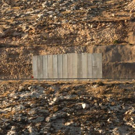 O muro Foto: Divulgação / Divulgação
