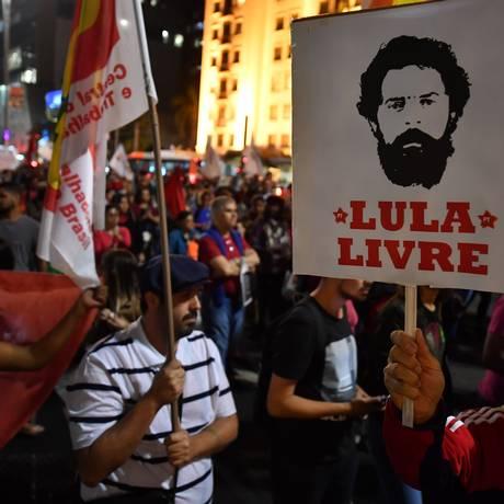 Evento em prol da soltura de Lula, no último dia 30, em São Paulo Foto: NELSON ALMEIDA / AFP