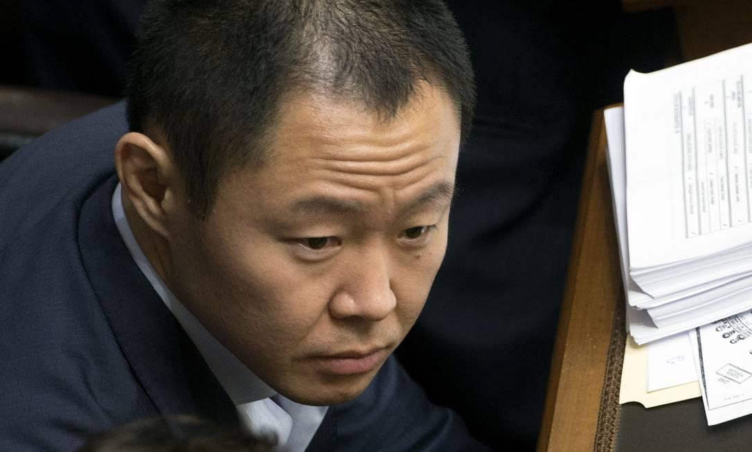 O deputado Kenji Fujimori, que foi suspenso do Congresso enquanto é investigado por suposta compra de votos para salvar ex-presidente Pedro Pablo Kuczynski Foto: CRIS BOURONCLE / AFP
