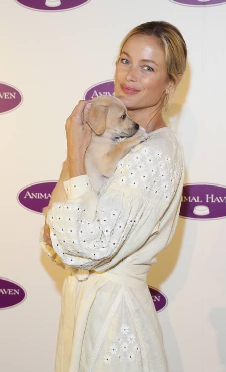 Carolyn Murphy é mais um nome seguido por Gisele Foto: Rob Kim / Getty Images for Animal Haven