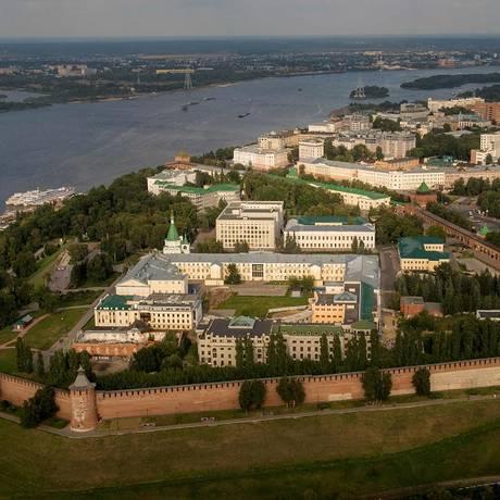 O Kremlin de Nizhniy Novgorod visto do alto Foto: MLADEN ANTONOV / AFP
