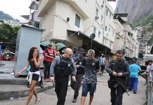 Operação das Forças de Segurança em quatro comunidades da Zona Sul prende 16 pessoas Foto: Marcia Foletto / Agência O Globo