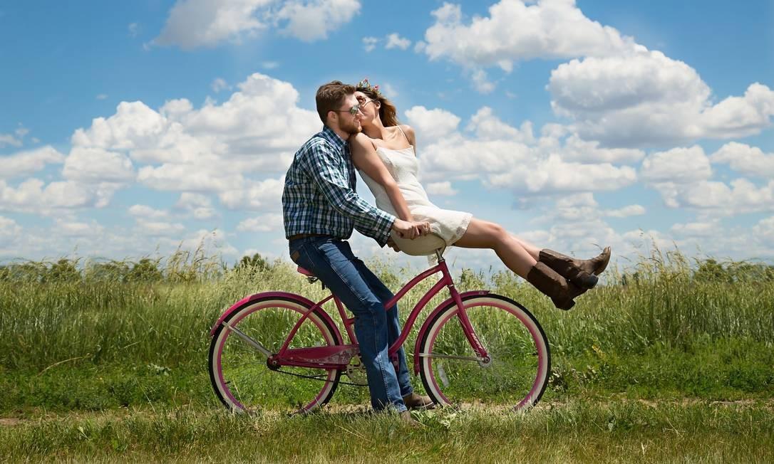 É importante, para as duas relações, manter um tempo só do casal Foto: Pixabay