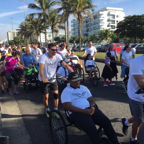O projeto busca proporcionar a inclusão social de pessoas com deficiências intelectuais ou motoras e seus familiares em corridas de rua Foto: Divulgação