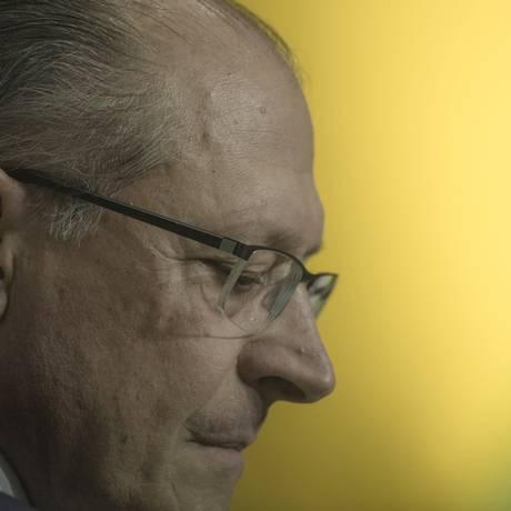 Fraco desempenho eleitoral em São Paulo, estado que governou por 13 anos, intriga a própria equipe do tucano Foto: Daniel Marenco / Agência O Globo